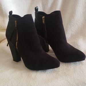 Mossimo Avie Black Heel Boots